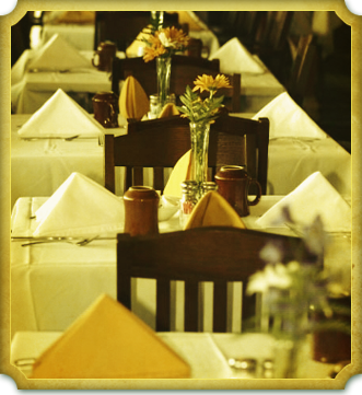 Dining & Banquets at Riviera Country Club.